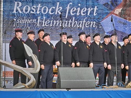 2010 - Rostocker Hafengeburtstag - 50 Jahre Überseehafen Rostock im April 2010