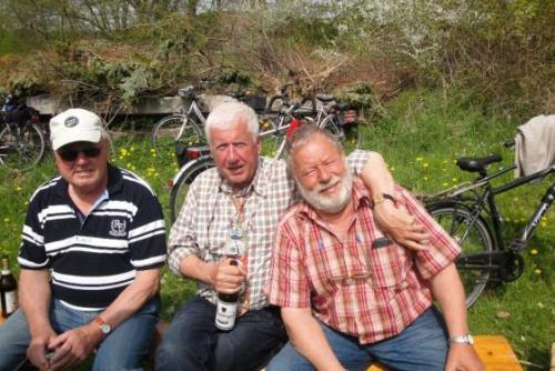 2013 - Herrentag 9.5.3013 - Radtour nach Hohen Niendorf